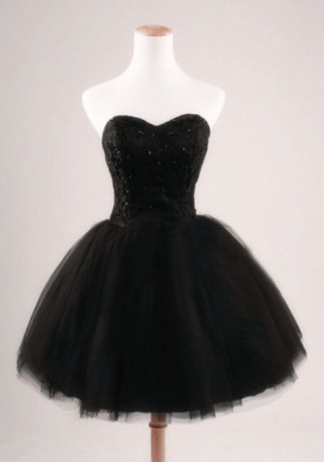 Pretty black poofy dress, sparkles, short, homecoming