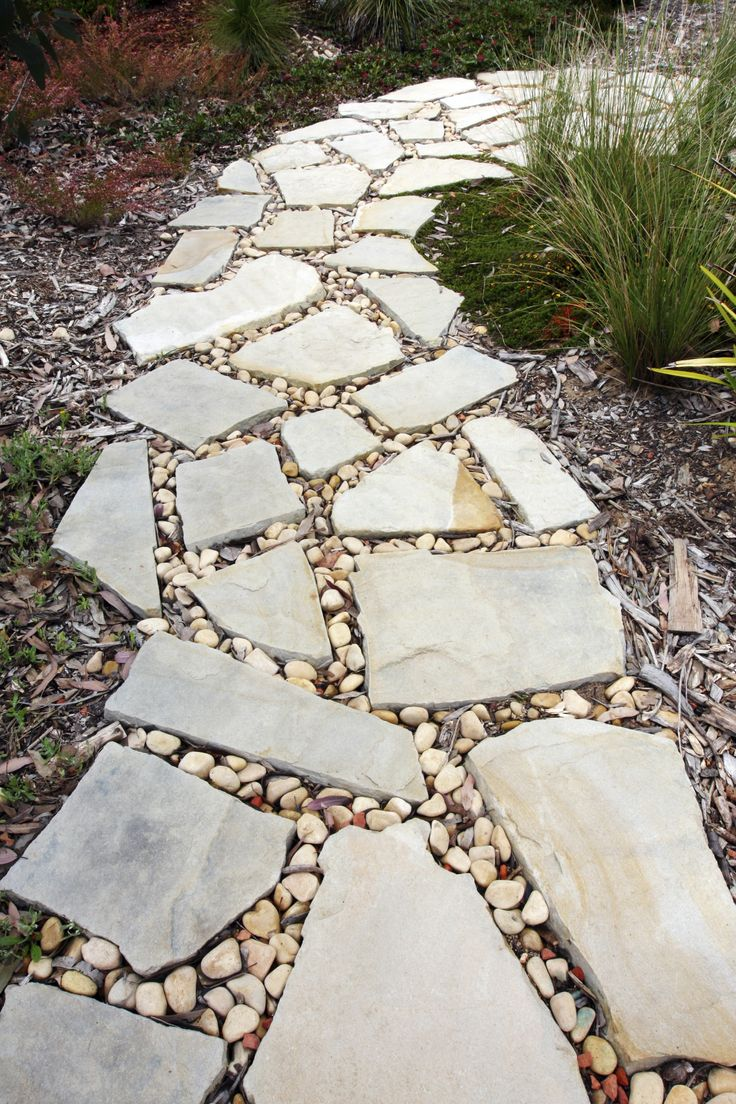 Best 25 Crazy paving ideas on Pinterest Flat rock patio Paving