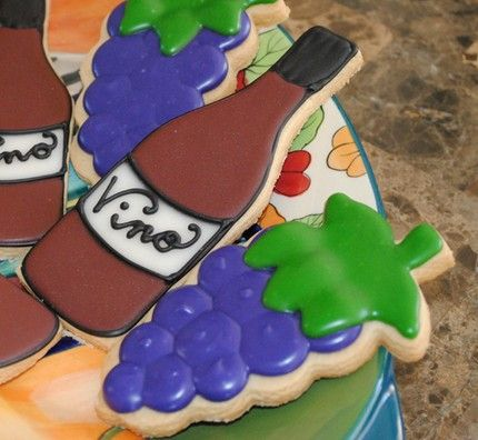I would love to say I'd make these, but I never really would. . .: Sugar Cookies, Cookies Decor, Theme Cookies, Cookies Queens, Wine Cookies, Wine Bottle, Cute Cookies, Cookies Inspiration