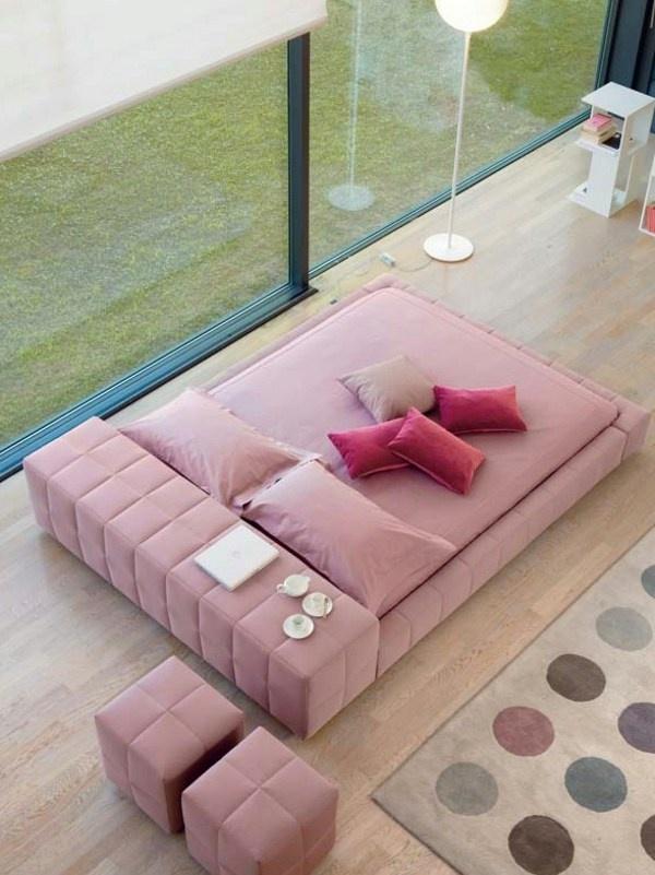 Upholstered double bed SQUARING by @Bonaldo | #Design Giuseppe Viganò #bedroom #pink