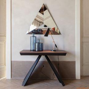 Oltre 25 fantastiche idee su tavolo consolle su pinterest for Negozio con alloggi al piano di sopra
