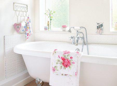 Romantické koupelny, srdcovka pro ženy | Elegantní bydlení