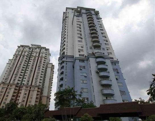 Ridzuan Condo Bandar Sunway Corner Unit Renovated - Ridzuan Condominium, Bandar Sunway Ridzuan Condominium is a leasehold condominium nestled in Bandar Sunway vicinity. In its first years, the condominium was considered as high-end development. However, the same claim cannot be made now. With many new developments taking place in the area, this condominium is still trying to stay relevant by inviting new retail shops in its compound. Ridzuan Condominium stands right next to