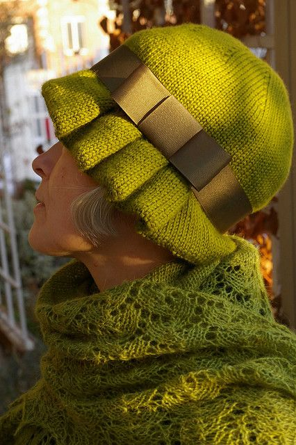 Caroline Hat Pattern, but I like the ruffles/pleats on the side. Added interest when repeated by bow.