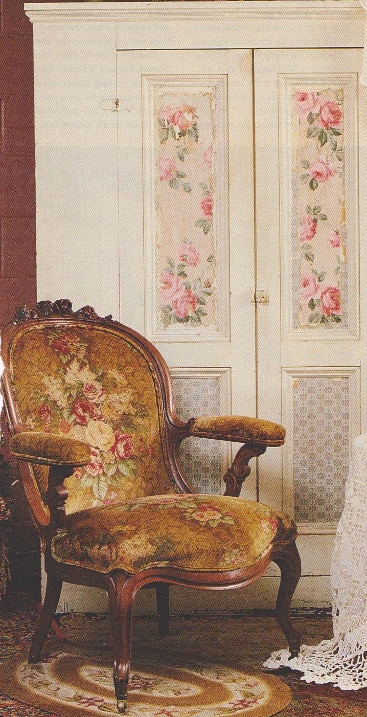cabbage rose velvet chair