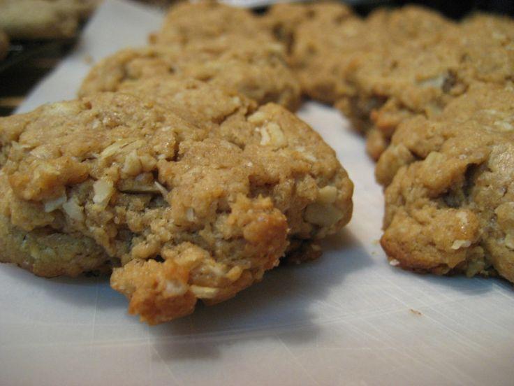 Healthier-than-normal, no-bake, peanut butter banana cookie recipe