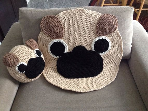 Crochet Pug rug by peanutbutterdynamite on Etsy... I want to make the pillow...doesn't look too hard!!