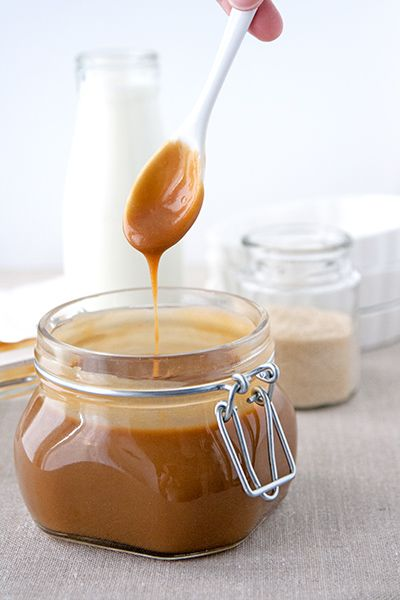 Velvety caramel sauce: easy and delish