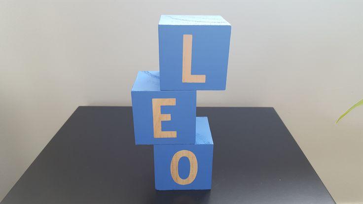 DIY - Children's names into wooden building blocks CUTE!