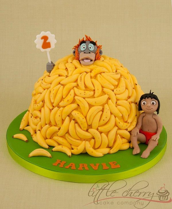 See a fun roundup of jungle themed cakes and cupcakes on the Craftsy blog!