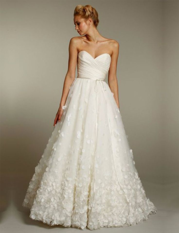 So Romantic Ivory Sweetheart Pleat Flowers Wedding Dresses 2016 Women A Line Wedding Dress Luxury Bridal Gowns !I like it !