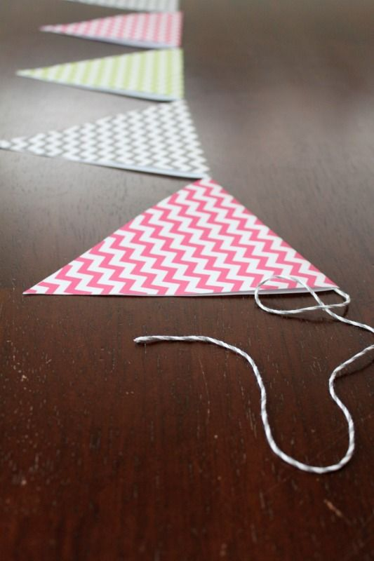 How To Make Paper Bunting - Tutorial