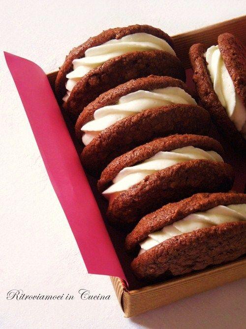 Ritroviamoci in Cucina: Whoopie Pies? Cookie Pies? Whoopie Brownie Cookies...