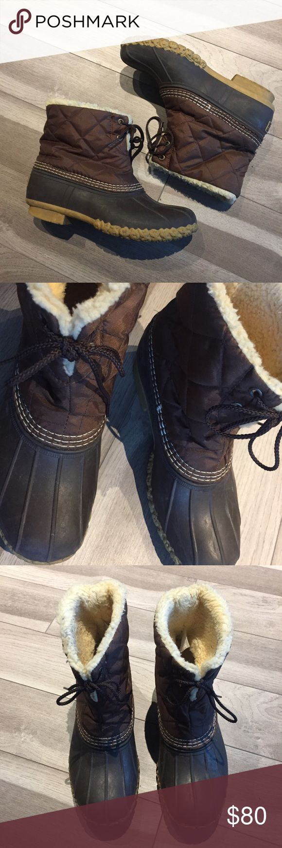 """BROWN WINTER WATERPROOF INSULATED LL BEAN BOOTS Women's L.L. Bean """"Duck"""" Boots. INSULATED with fur warm lining (minor pilling from wear). Winter waterproof on exterior. Sold out design! Lace up front. Label on inside is worn, but boots fit as a size 8! L.L. Bean Shoes Winter & Rain Boots"""