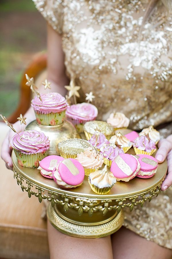 Beautiful Gold, Pink and Coral Wedding Inspiration. Photography by adenephotography.co.za