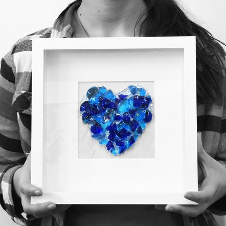 See this heart made in glass inside a white box frame?  You can make a Heart in Glass or you can make a square to put in your frame - its up to you.  Spaces available for you and for your friends.  Small workshops filling quickly.  Get in now so we can make your Christmas gifts and you can have fun making them!  Bring a friend or two and have double the fun and save $ as well.  Bookings essential.  jenieyolland.com