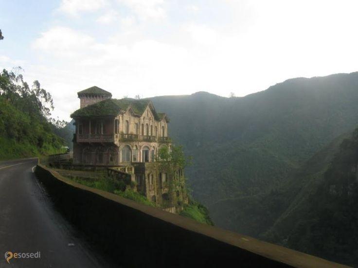 Музей водопада Текендама – #Колумбия #Кундинамарка (#CO_CUN) Не все когда-то заброшенные здания так и остаются никому не нужными до полного разрушения. Отличный пример - бывший отель Salto del Tequendama в Колумбии, после многих лет запустения обретший вторую жизнь в качестве музея. http://ru.esosedi.org/CO/CUN/1000133766/muzey_vodopada_tekendama/