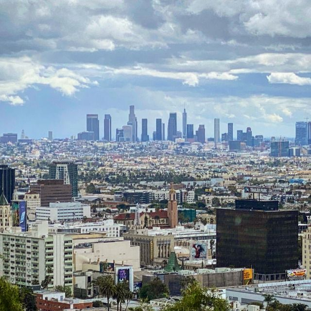 Our Beautiful City Skyline Of Los Angeles With Hollywood In The Foreground Just To The Right West Hollywood Beverly In 2020 Los Angeles California City Los Angeles