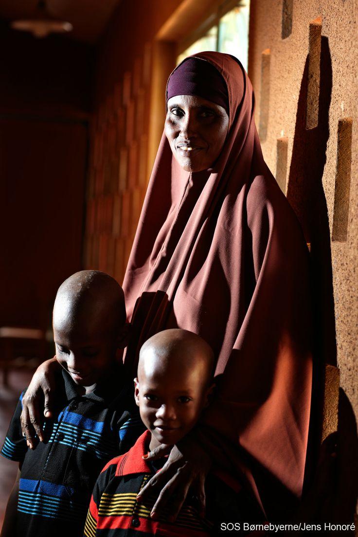 SOS-mor fra børnebyen i Gode, Etiopien. I Etiopien er op mod 5,4 millioner børn forældreløse. #familie #mor #SOSmor