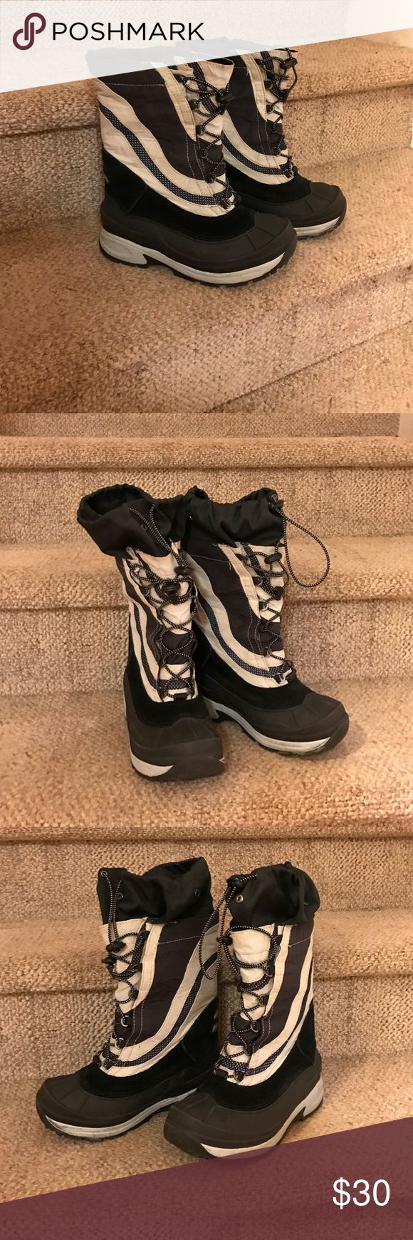 Boys LL Bean Winter Boots Black, cream, and grey winter boots from LL Bean. EUC. No wear on the treads. Comes from a smoke free home. LL Bean Shoes Rain & Snow Boots