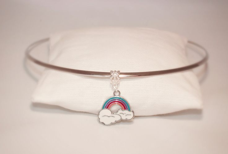 neckline rainbow