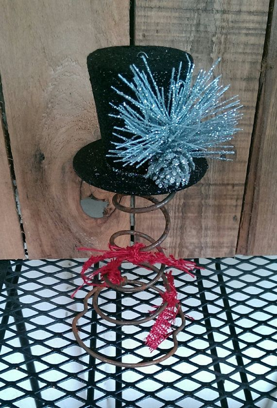 Rustic Christmas Top Hat Tree Topper Bed Spring by FunkyJunktique