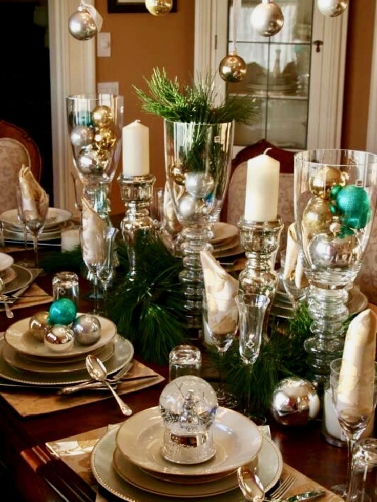 1007 best christmas table decorations images on pinterest for Decoration de table