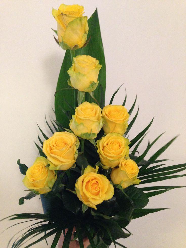 sárga rózsa csokor
