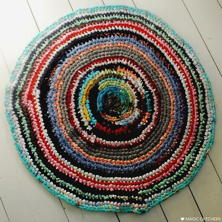 Kids room design ideas. Rustic, farmhouse style hand made crochet rug. Great for bedroom, kitchen, home etrance too