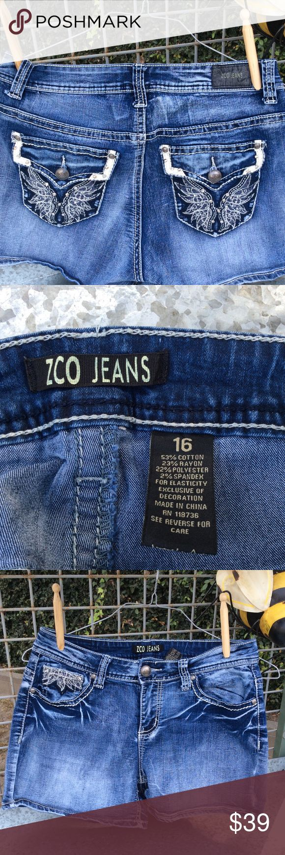"Zco Jean Shorts Size 16 Zco Jean Shorts Size 16  These shorts are too small to be Women's Size 16. Must be Juniors but doesn't fit in Poshmark Junior sizing chart.   Waist 33 1/2"" Zco Shorts Jean Shorts"