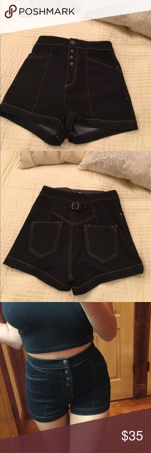A/X Highwasted shorts Size petite/small A/X Armani Exchange Shorts Jean Shorts