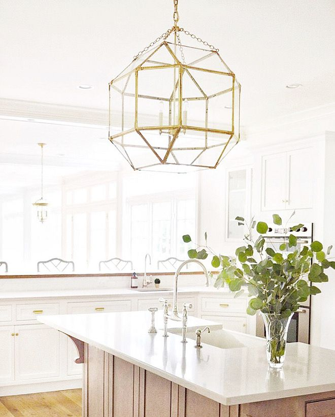Kitchen Lighting. The light over the island is the Suzanne Kasler Morris Large Lantern in Gilded Iron with clear glass. #KitchenLighting #lighting #MorrisLargeLantern #GildedIron Beautiful Homes of Instagram @HomeSweetHillcrest