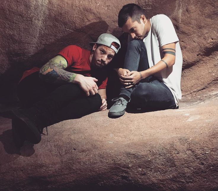 twenty one pilots | Tyler Joseph's Instragram (2015 September 27)
