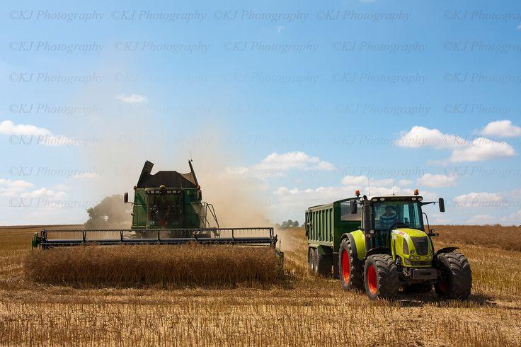 John Deere combine Harvester & Claas tractor Manufacturers, photography