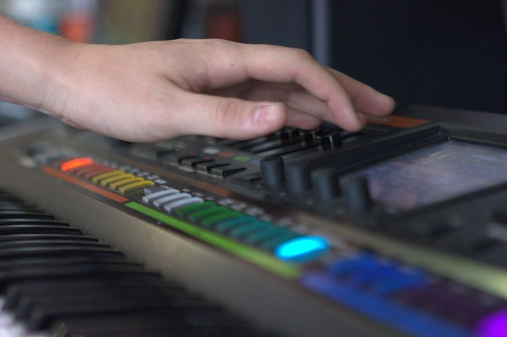 Getting hands on with our Jupiter 80! Sounds awesome, come down to our store and try it out for yourself! #proaudio #synths #pullfocus #roland #jupiter80