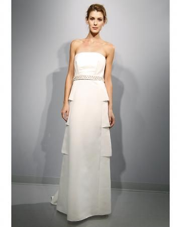 Love the architectural design of this #wedding gown from @57grand - and it's only $730!
