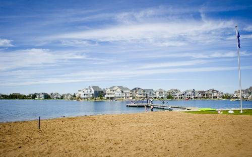 The community of Lake Summerside, located in Southeast Edmonton, is Edmonton's first and only recreational lake community.   http://www.daytonahomes.ca/communities/lakesummerside