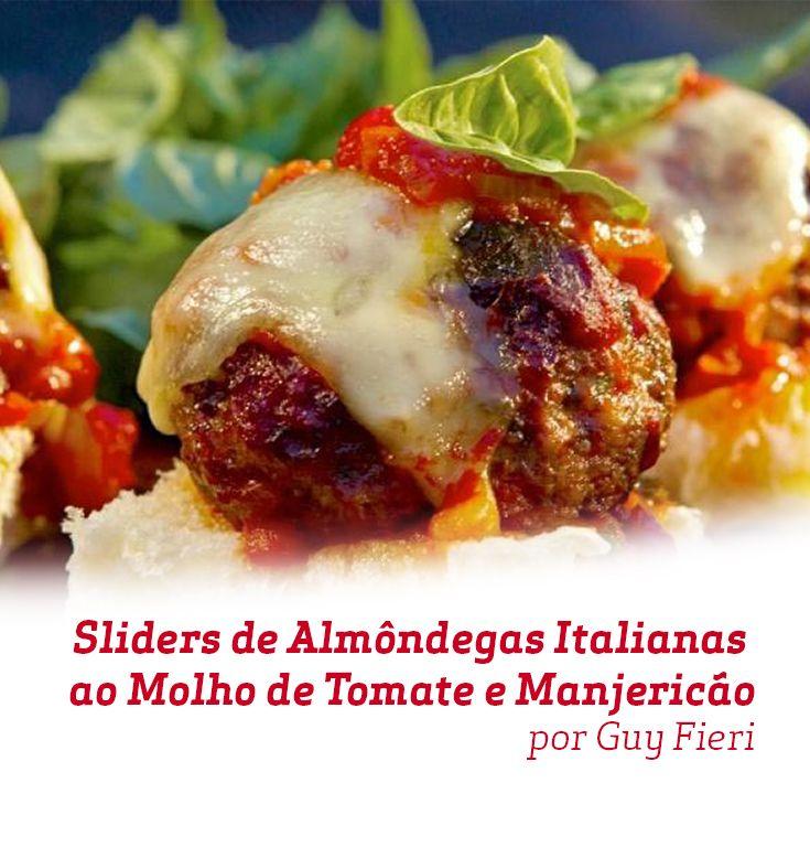 Uma ótima opção de entrada para um jantar com os amigos, estes Slides de Almôndegas Italianas ao Molho de Tomate e Manjericão têm um sabor maravilhoso e são incríveis, todos vão adorar!