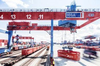 HHLA: Wirtschaftliche Entwicklung entspricht den Erwartungen - http://www.logistik-express.com/hhla-wirtschaftliche-entwicklung-entspricht-den-erwartungen/