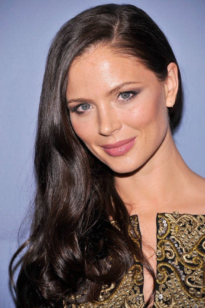 Georgina Chapman photos, including production stills, premiere photos and other event photos, publicity photos, behind-the-scenes, and more.