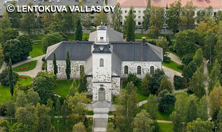 Kuopion tuomiokirkko Ilmakuva: Lentokuva Vallas Oy