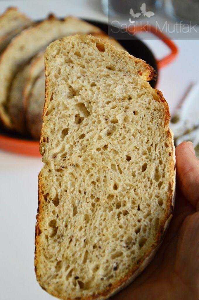 Reyhan, Fesleğen ve Kekikli Ekşi Mayalı Ekmek – Sağlıklı Mutfak