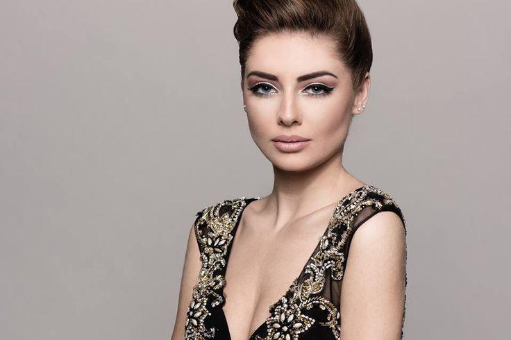 Albanian Beauty Leunora Hasanaj