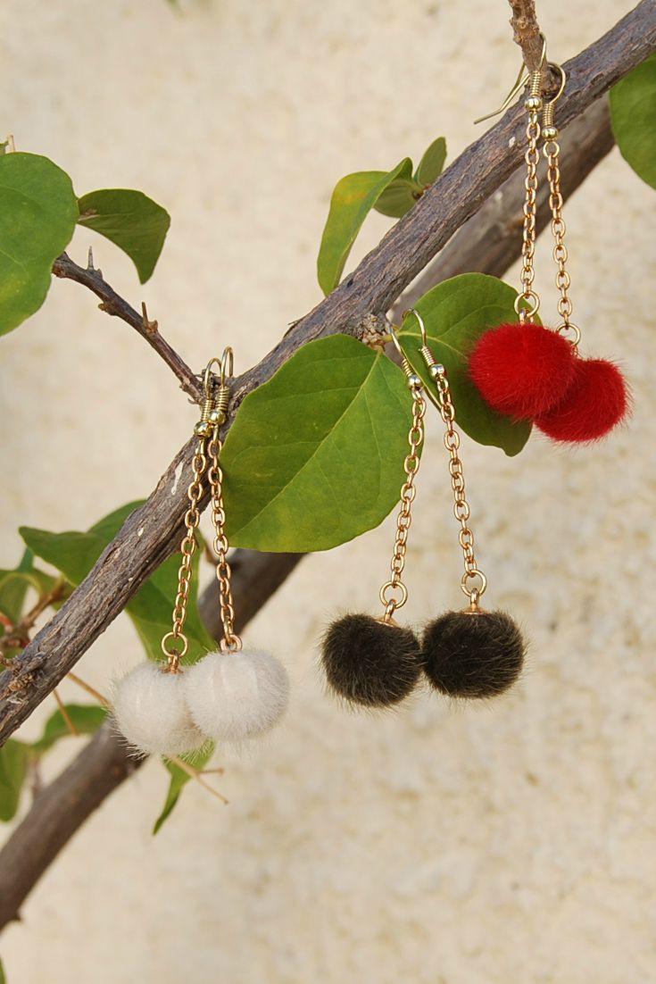 Pom Pom Earrings, Winter earrings, Winter Jewelry, Fur Ball Earrings, Faux Fur, Long Earrings, Dangle Chain Earrings, Fashion Earrings, Gold Chain Earrings, Christmas Earrings, Christmas Gift, Gift under 10 $, Party Earrings, Holiday Earrings, Red earrings, white Earrings, Brown Earrings, Gift for her, Gift for girlfriend