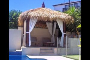DIYBalinese Hutsare economical if you want to save money on installation costs and you can buy them pre-fabricated, which means that the timber and thatch pieces fit easily together, making it easy for any handyman to install.
