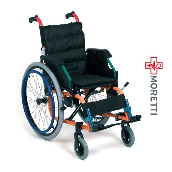 MCB800 - Fotoliu rulant pliabil cu actionare manuala, copii http://ortopedix.ro/carucior-transport-actionare-manuala/193-mcb800-fotoliu-rulant-pliabil-cu-actionare-manuala-copii.html