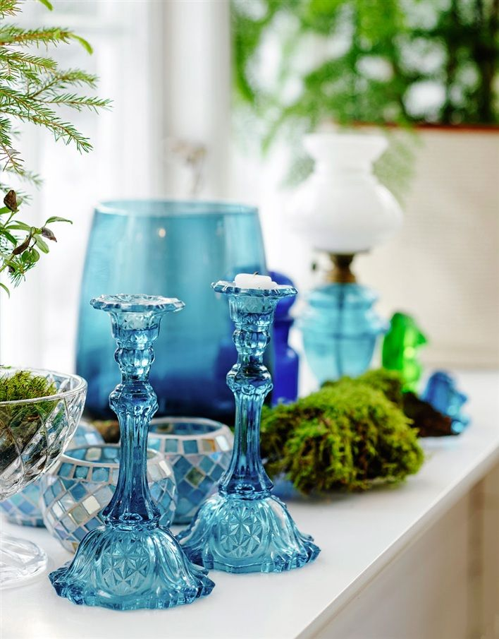 blue glass candlesticks… oh, I want these...