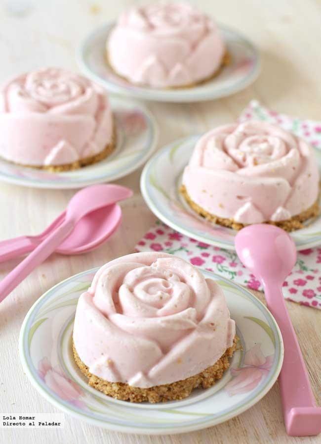 Receta de cheesecakes helados de fresa. Receta de postres. Con fotos de presentación y el paso a paso y consejos de elaboración, de...