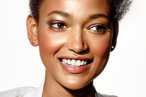 9 Highlighters for <i>Every</i> Skin Tone