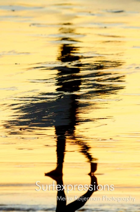 Shadow in the water: Surfing Photography